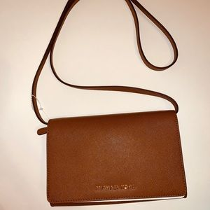 Michael Kors Medium crossbody - NWT